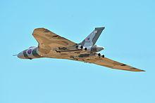 220px-Avro_Vulcan_XH558_Duxford_Airshow_2012_(7977149648)